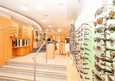 Eine große Auswahl Markenbrillen erwartet Sie bei Hirt