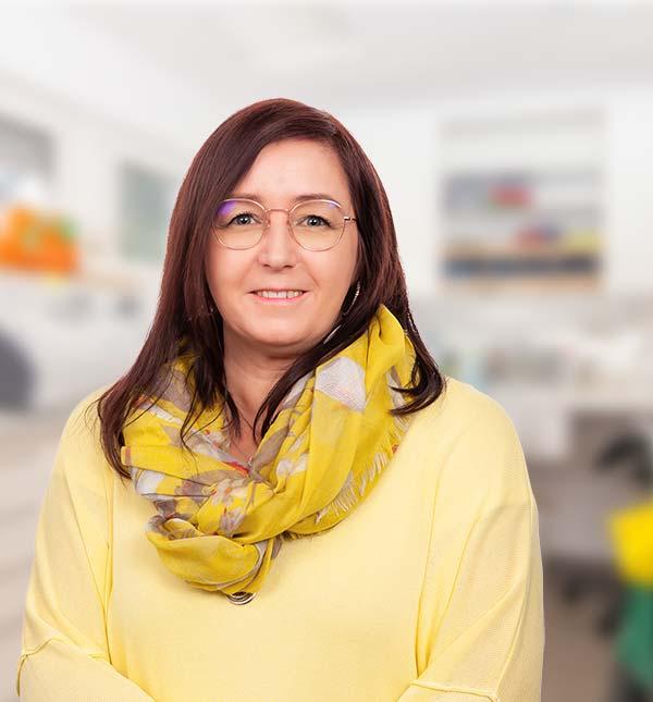 Martina Landzettel, Augenoptikerin